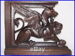09d5 Ancienne Paire Sculptures Chimères Lions Ailes Bois Sculpte Ornement Meuble
