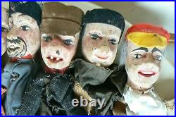 8 Marionnettes anciennes théâtre guignol bois sculpté