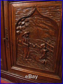 ANCIEN BUFFET VAISSELIER BRETON en bois sculpté de personnages meuble 2 corps