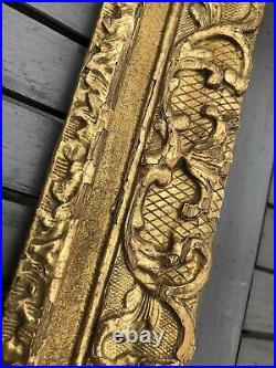 ANCIEN CADRE BOIS DORÉ décor Bérain, ANTIQUE FRENCH FRAME 18th