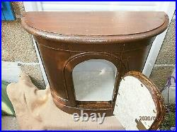 ANCIEN TABERNACLE/ BOIS /PORTE SCULPTEE/AVEC CLEF/PRET A INSTALLER/H. 50,5 cm