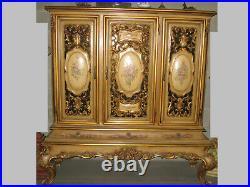 Ancien Argentier Cabinet Vitrine De Style Venitien En Bois Sculpté Peint Et Doré