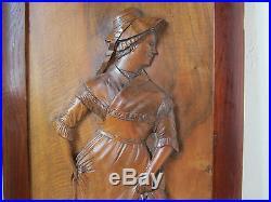 Ancien Cadre Panneau Bois Sculpte Danse Villageoise Personnage Art Populaire