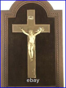 Ancien Christ Os sculpté Crucifix Cadre en bois Louis XVI Religieux Dieppe Bovin