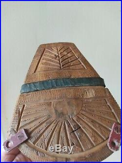 Ancien Étrier Cheval Bois Sculpté et métal Art Populaire 19eme Amérique latine