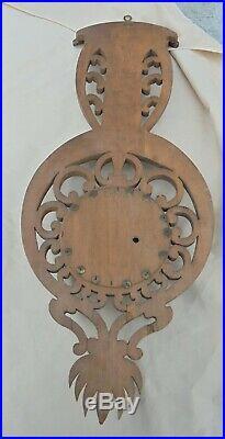Ancien baromètre thermomètre bois sculpté de Radiguet & Massiot Paris DN 1784