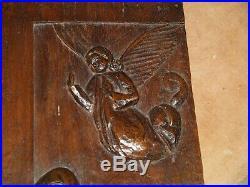Ancien bas relief bois sculpté religieux