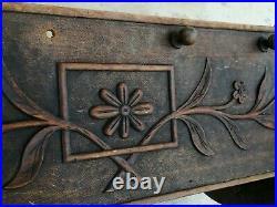 Ancien berceau IHS bois sculpté fleurs art populaire Savoie Cradle carved wood