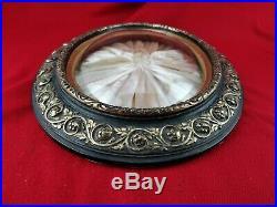 Ancien cadre ovale avec verre bombé 19e Napoléon III noir et doré 43,5 cm