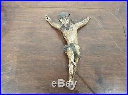 Ancien christ en bois sculptée polychrome 18ème