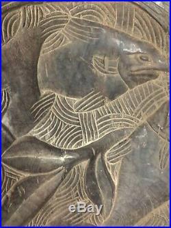 Ancien couffin de bébé sculpté en bois Madagascar Afrique 72,5 cm par 56 cm