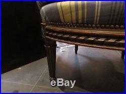 Ancien fauteuil bergere en bois doré et sculpté epoque fin XIXe style LOUIS XVI