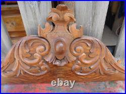 Ancien fronton en bois sculpté, boiserie décorative sculptée, déco maison Shabby