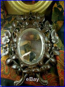 Ancien miroir glace foret noire black Forest en bois sculpté fleurs XIXe