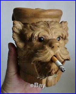 Ancien pot à tabac 19ème en bois sculpté au chien fumeur