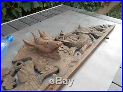 Ancien sublime fronton bois sculpté forêt noire décor de chasse cerf et chiens