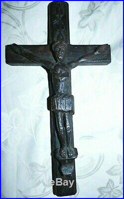 Ancienne Croix Religieuse Christ Sculpté en Bois Art Populaire XVIII eme