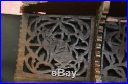 Ancienne Étagère Bois Animaux Sculpte Ajourée Chat Chien Oiseau Gothique