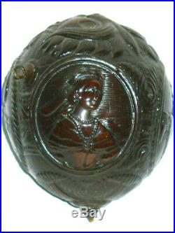 Ancienne Noix Sculptée Portaits Empereur Napoleon iii gourde à poudre 1850 XIXe