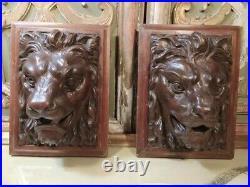 Ancienne Paire d'Appliques Têtes de Lions Bois Sculpté