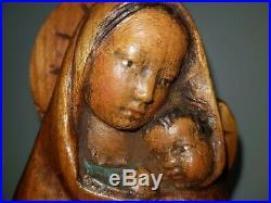 Ancienne Statue Vierge à l'enfant en bois sculpté, peint, Signé Eugène Quentric
