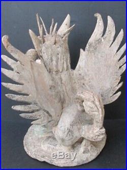 Ancienne Statuette en Bois sculpté, mythologie de BALI INDONÉSIE