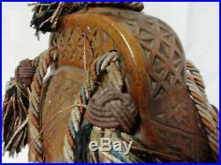 Art Populaire Ancienne Gourde En Bois Sculpté Et Passementerie