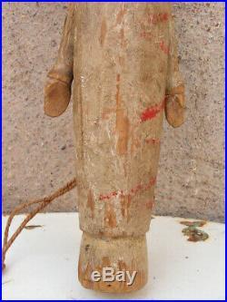 Art Populaire Ancienne Poupee Bois Sculpte Polychrome Yeux Verre Queyras