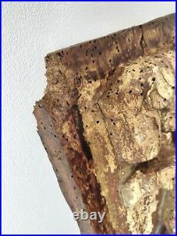 Bas relief ancien en bois sculpté 47x47x3,5cm