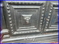Buffet ancien chéne bois sculpté decors chien chimére debut XX