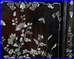 CHINE ANCIEN ÉCRAN de Lettré en bois sculpté orné d'incrustations de nacre