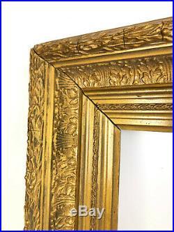 Cadre Ancien En Bois Et Stuc Doré Et Patiné Pour Une Peinture De 37,5cm X 26,5cm