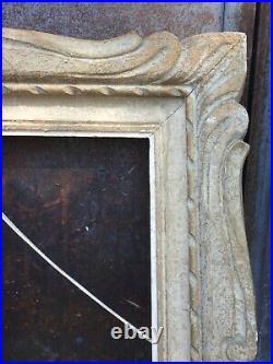 Cadre Montparnasse ancien à patine blanche et doré 74 cm x 65,5 cm