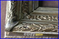 Cadre ancien 25cm x 22cm XIXème Bois Stuc sculpté et doré