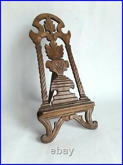 Chevalet ancien de table ou de présentation bois sculpté