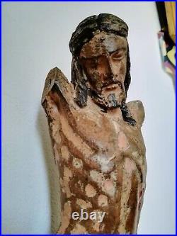 Christ ancien en bois sculpté 37 cm iconographie des 16/17ème