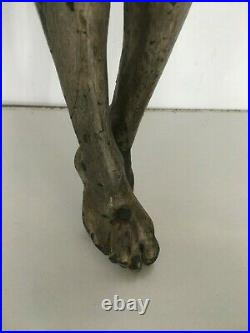 Christ en bois sculpté Ancien bois sculpté XVIII siècle