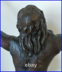 Christ très ancien en bois sculpté ciré 50cm (diagonale main pied)