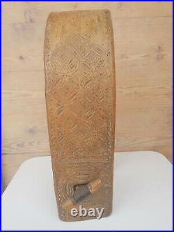 Collier ancien pour cloche en bois sculpté grande taille 19ème S Art Populaire