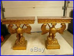 Console ancienne en bois sculpté et dessus marbre
