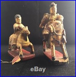 Deux Anciens Statues Chinois Chevaliers Bois Laqué Rouge Doré Sculpté