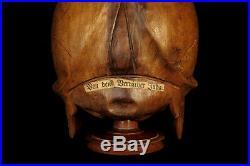 Étrange et ancienne vanité bois sculptée c. 1900 / Cabinet curiosité Memento Mori