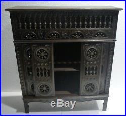Grand meuble LIT CLOS ancien bois sculpté breton mobilier poupée