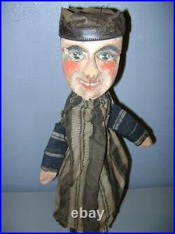 Lot De 5 Anciennes Marionnettes Theatre De Guignol-tetes En Bois Sculpte-xix Eme