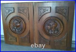 Lot de 2 Anciens Panneaux en Bois Sculpté Style Henri II Chevaliers