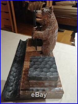 Magnifique encrier bois ours ancien sculpté signé forêt noire