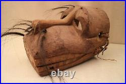 Masque articulé ancien en bois sculpté Amérique Centrale