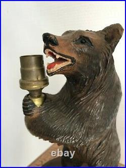 Ours en bois sculpté Forêt-Noire, ancien très beau pied de lampe, début XXème