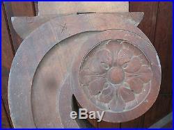 Paire d'éléments Boiserie bois ancien sculpté volute balustre crédence