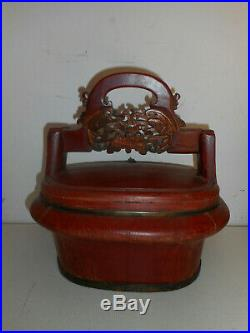 Panier ancien en bois sculpté. Chine. Coffret. Panier de mariage